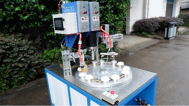 宁波超声波塑料焊机哪个好【东雄】