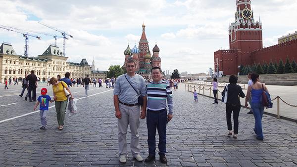 俄罗斯客户带我们去红场
