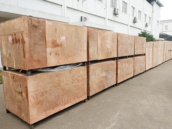 大批量外贸木箱出货