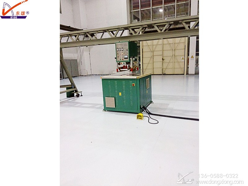 高周波膜材焊接悬梁机
