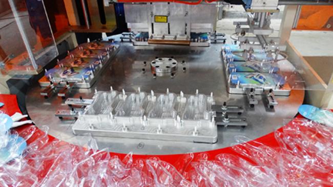 焊接PVC纸卡包装用什么四工位高周波转盘机